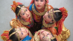 "12. Folk Dance Group ""EVEREST NEPAL CULTURAL GROUP"" - Kathmandu - NEPAL"